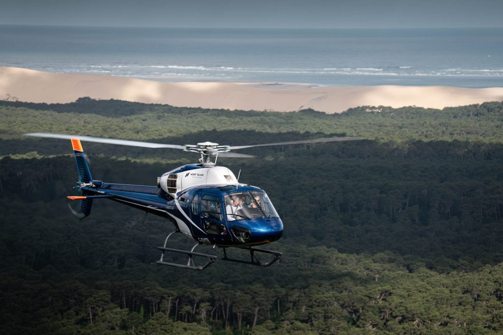 Tourist flights - Flight over the Dune of Pilat & the Bay - Mont Blanc Hélicoptères Arcachon